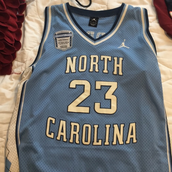 best sneakers b59fe 31869 UNC Michael Jordan brand L authentic jersey blue